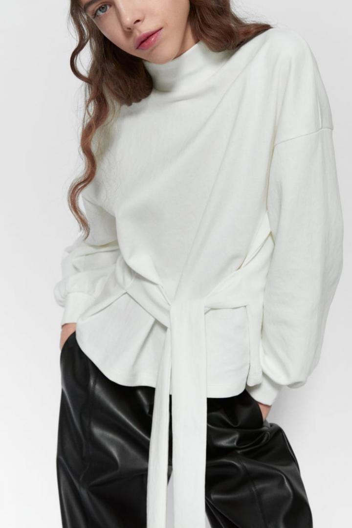 Отзыв на Свитер с петлей из Интернет-Магазина Zara