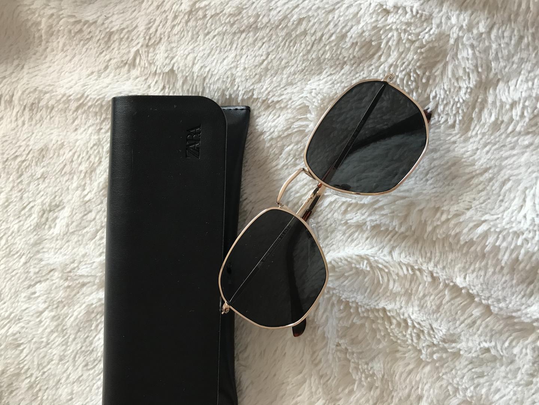 Отзыв на Солнцезащитные очки с ГЕОМЕТРИЧЕСКОЙ ШКАФ из Интернет-Магазина Zara