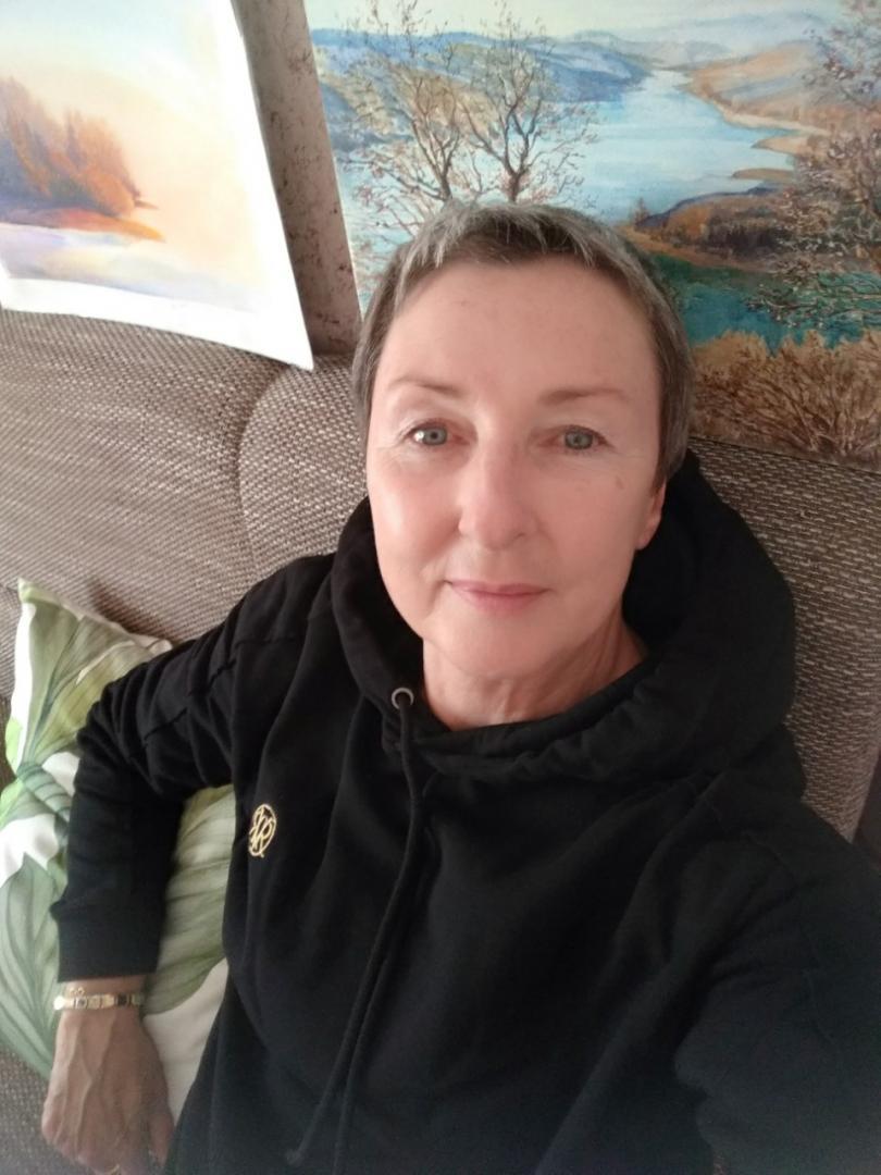 Отзыв на /black-ri-branded-hoodie- из Интернет-Магазина Riverisland.com