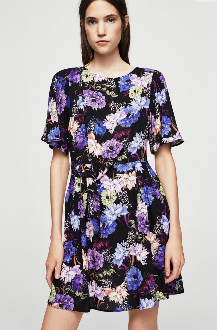 Отзыв на Цветочные платья с петлей из Интернет-Магазина MANGO Outlet