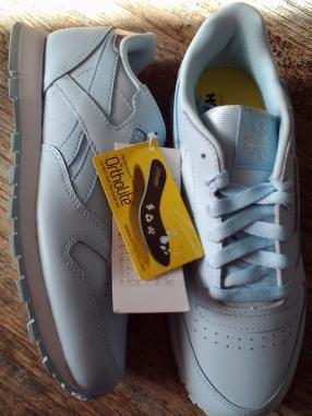 Reebok-Classics-Junior-Pastel-Sneakers-Blau