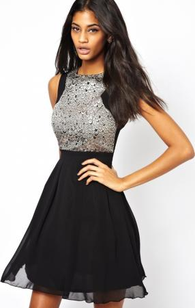 Отзыв на Платье маленькая хозяйка – клеш Бальное платье с узором перьев из Интернет-Магазина Asos