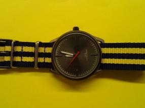 Отзыв на Наручные часы. Спорт list элегантный Унисекс-Trend-Часы: Синий-Желтый из Интернет-Магазина Silvity
