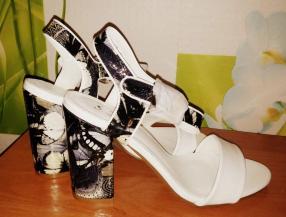 Отзыв на Белые босоножки из Интернет-Магазина SchuhTempel24
