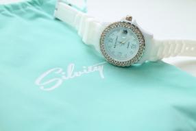 Отзыв на Наручные Маленькие Лето Горный Хрусталь Наручные Часы с Дата для Дамы, Цвет: Белый из Интернет-Магазина Silvity