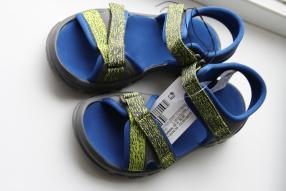 Отзыв на Сандалии для прогулок   для мальчика голубой QUECHUA из Интернет-Магазина Decathlon