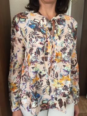 Отзыв на Блуза цветная из Интернет-Магазина MANGO outlet
