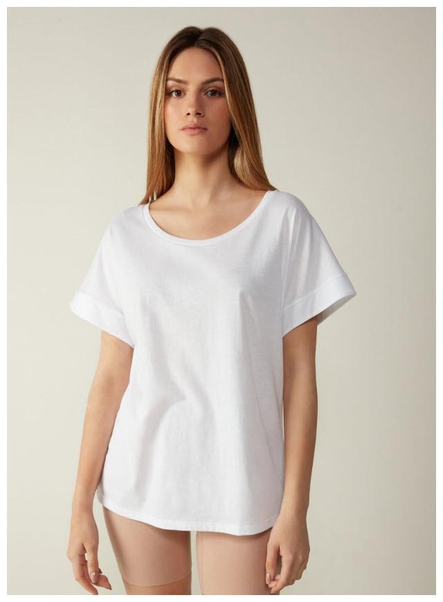 На футболки, топы, блузки из раздела Sale Доп.скидка 40% из магазина Intimissimi (Германия)