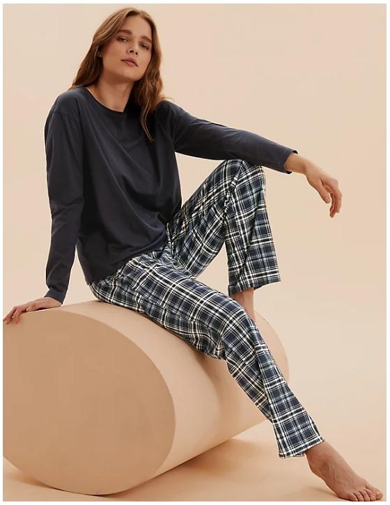 3 пижамы по цене 2 Доп. скидка 33% из магазина Marks & Spencer (Германия)