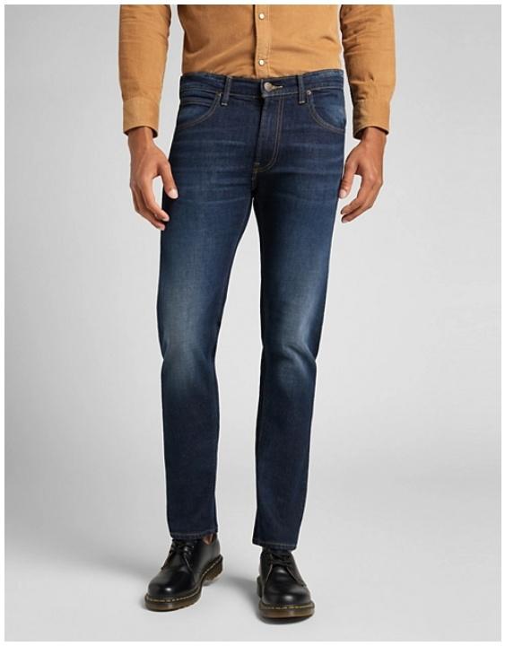 На джинсовую одежду Доп. скидка 20% из магазина Lee (Германия)