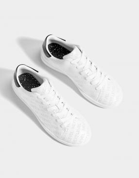 Спортивная обувь с Перфорацией и Лозунг