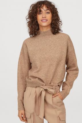 Пуловер с Водолазка