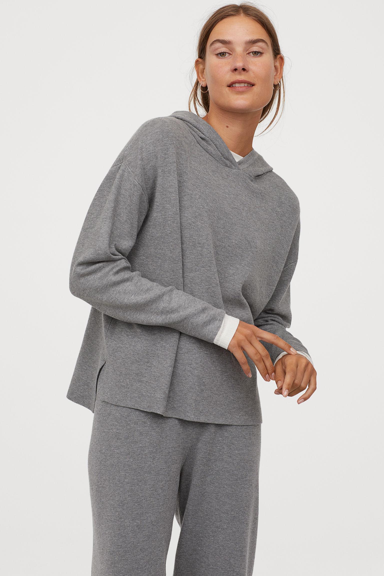 Отзыв на Свитер с капюшоном с с тонкой вязкой из Интернет-Магазина H&M