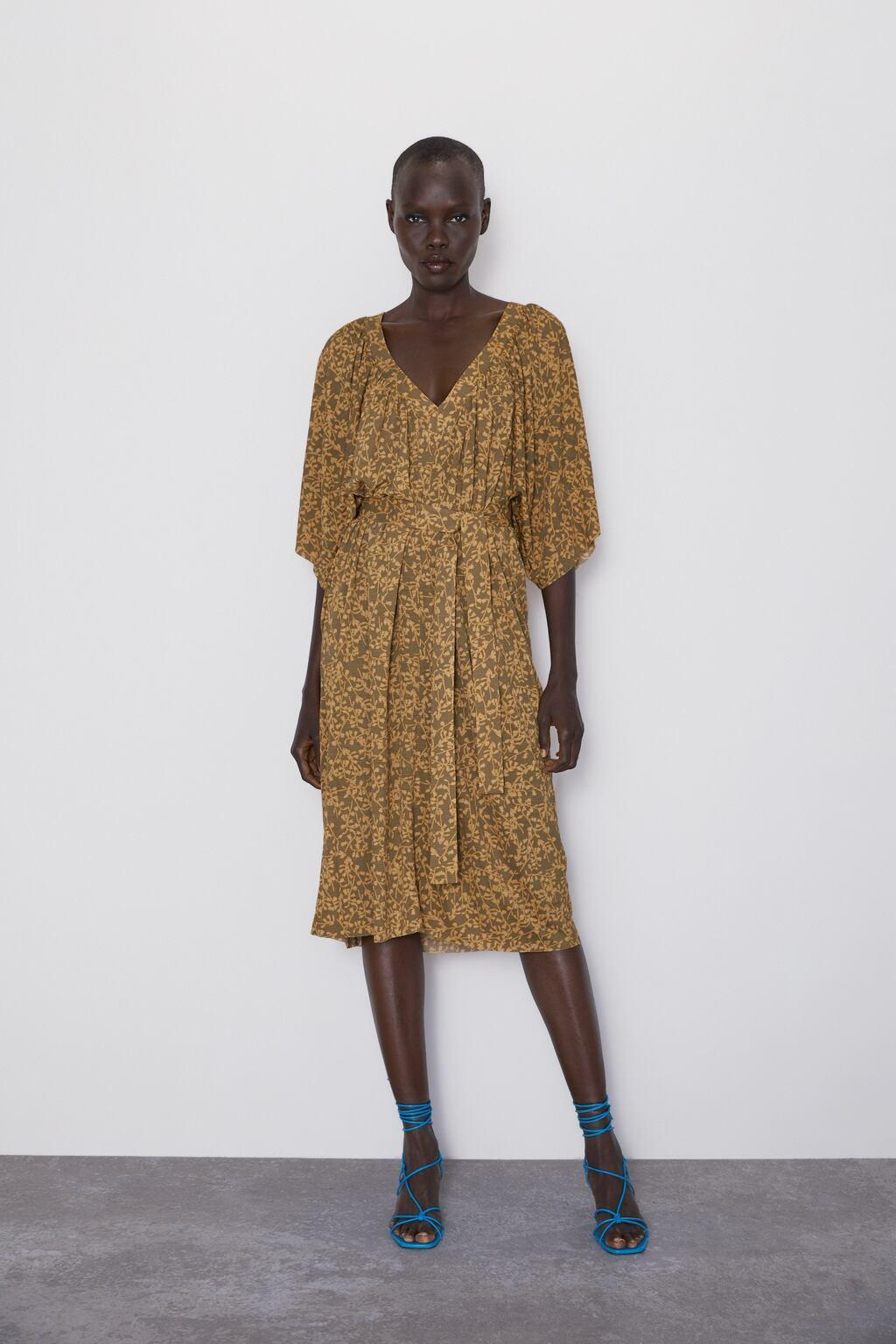 Отзыв на Платье с рисунком с поясом из Интернет-Магазина Zara