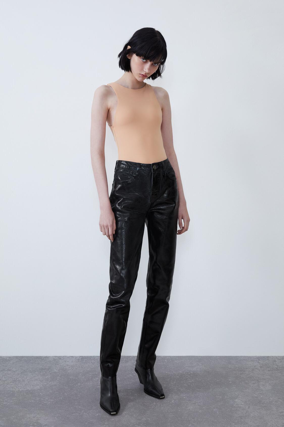 Отзыв на NECKHOLDER-BODY из Интернет-Магазина Zara