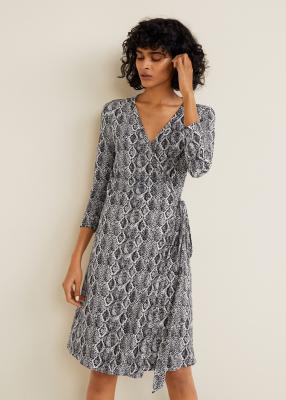 Отзыв на Платье на запах с Талия лента из Интернет-Магазина MANGO Outlet
