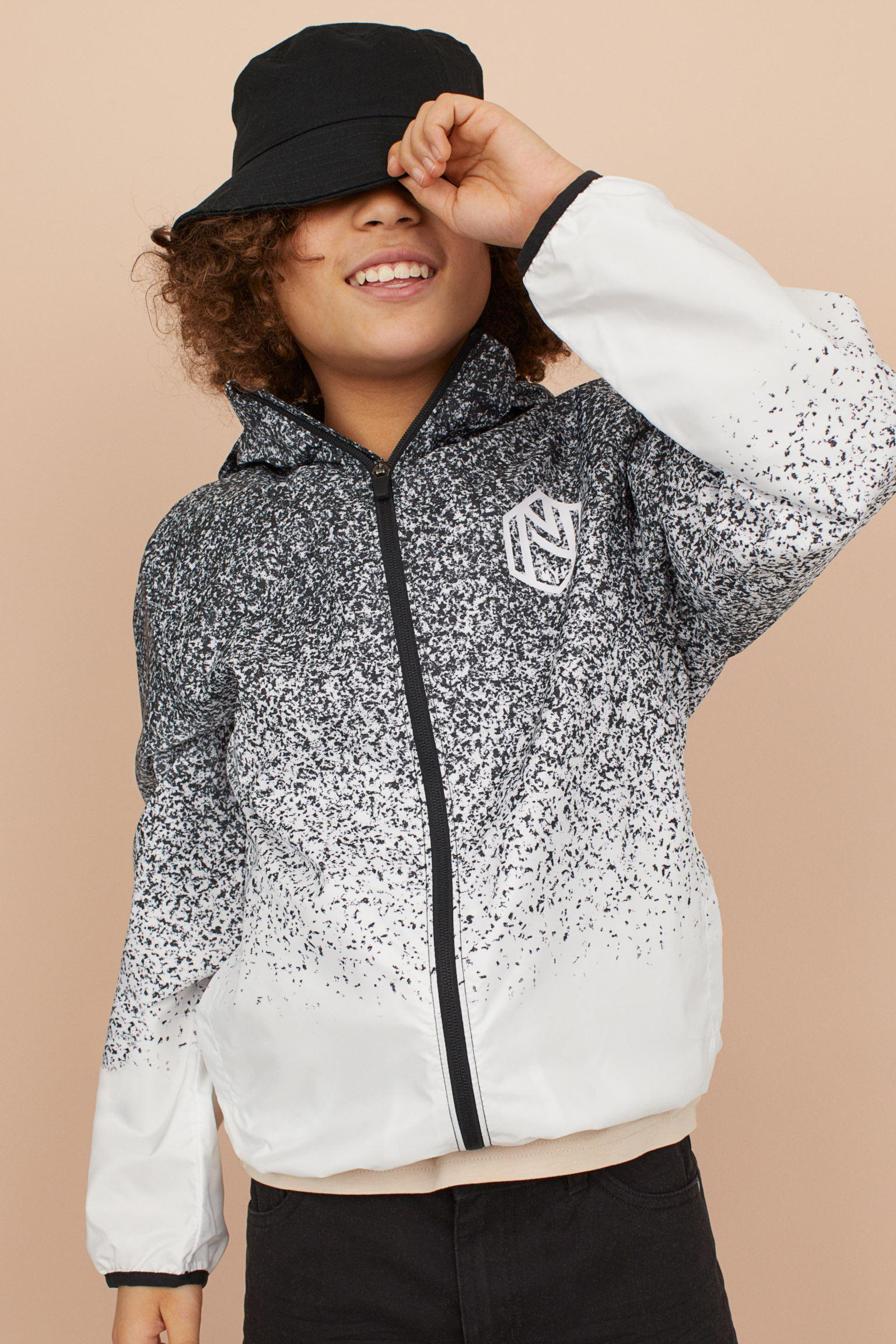Отзыв на Ветровка с капюшоном из Интернет-Магазина H&M