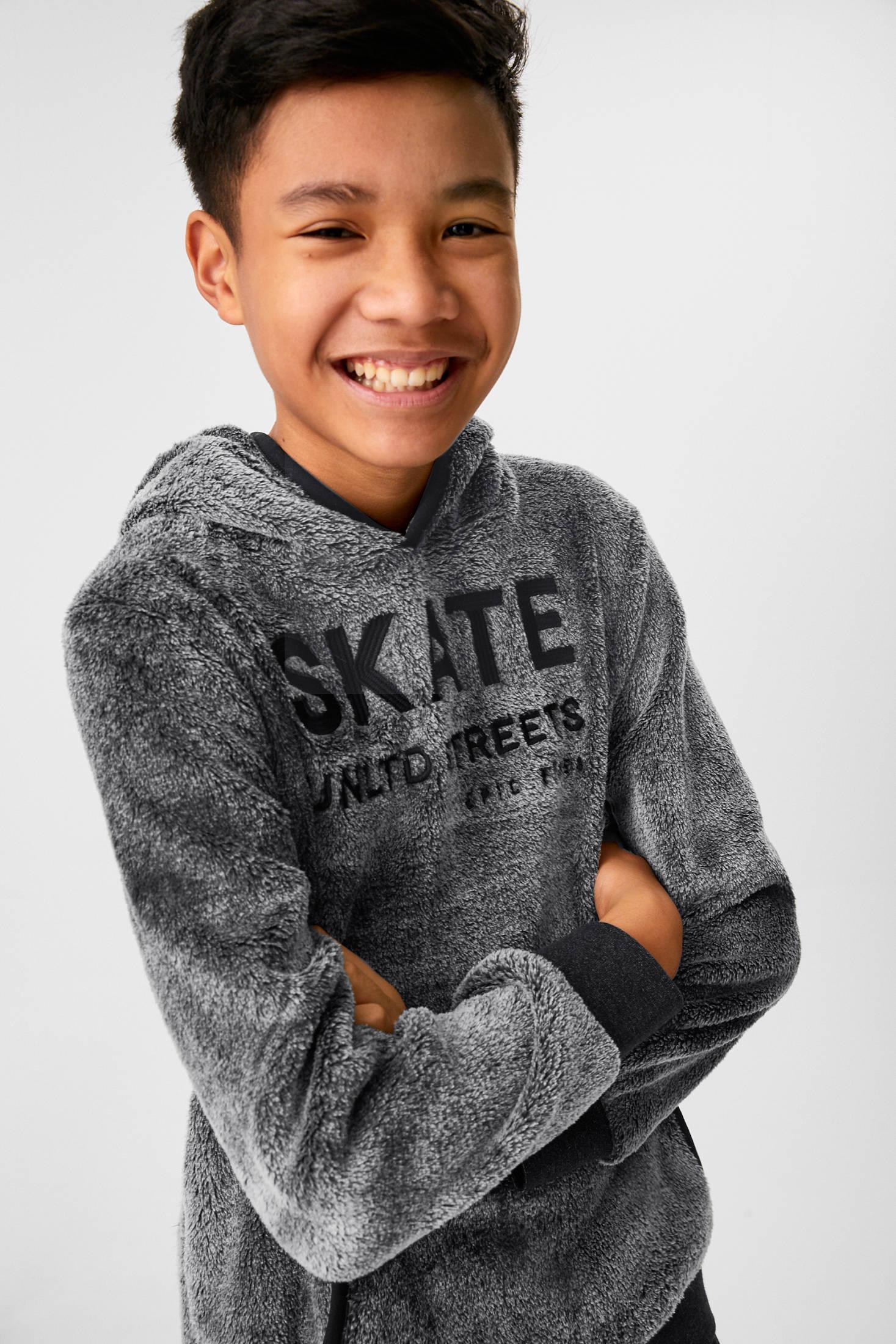 Отзыв на Teddy-Sweatshirt из Интернет-Магазина C&A