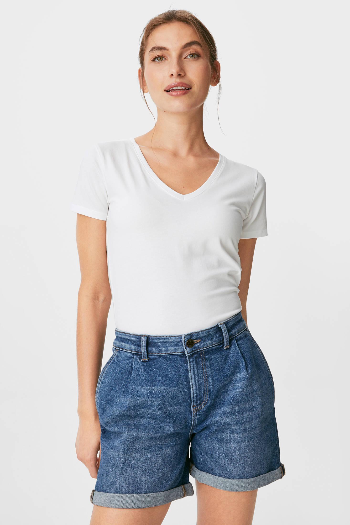 Отзыв на Джинсовые шорты из Интернет-Магазина C&A